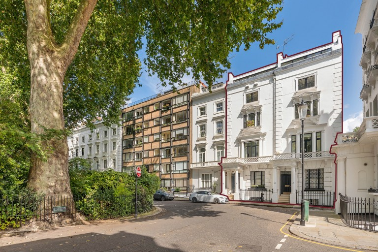 View Full Details for Ovington Square, Knightsbridge, SW3 - EAID:31fe799b04e63fa4bce598e9c6f14f52, BID:1