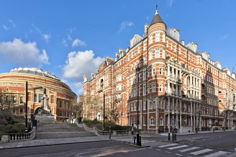 View Full Details for Albert Court, Knightsbridge, SW7 - EAID:31fe799b04e63fa4bce598e9c6f14f52, BID:1